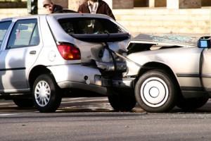 Richtiges Verhalten bei einem Auto-Unfall